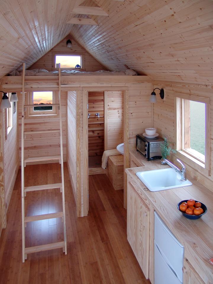 Дизайн маленьких деревянных домов внутри